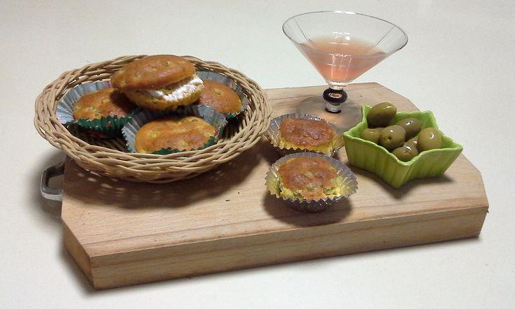 #Muffin salati: #Aperitivo #homemade e #creativo per tutti i palati. #ricetta nel blog. http://bit.ly/1SEVMrc  #fattoincasa #aperitivo #vegetariano #lowcost #studenti #fuorisede