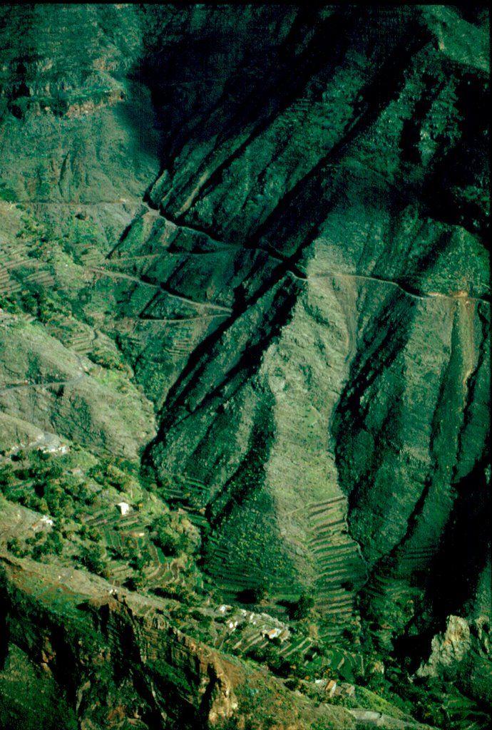 Caserío desde La Fortaleza. Gomera. Is. Canarias (Spain).