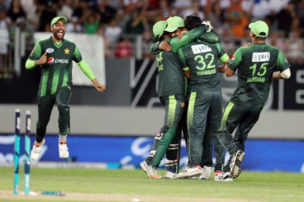 All-round Pakistan beat Kiwis in 2nd T20I   Auckland Jan 25:Pakistan shone with bat and ball to defeat New Zealand via 48 runs in the second one Twenty20 Global (T20I) on the Eden Park right here on Thursday.  Pakistan thus levelled the sequence 1-1 after the hosts gained the primary fit via seven wickets on the Westpac Stadium in Wellington.  After electing to bat first Pakistan most sensible order batsmen Fakhar Zaman (50) Ahmed Shehzad (44) Babar Azam (50 no longer out) and Sarfraz Ahmed…