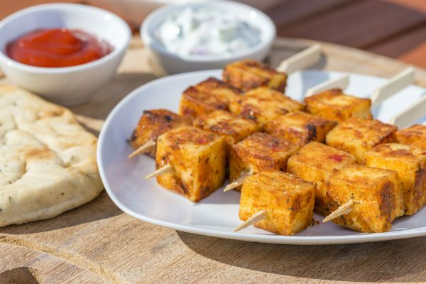 A healthy appetiser: Pesto Paneer Kebab - Yahoo Lifestyle India  The next time you have guests over for a dinner party, start off with this healthy paneer appetiser.