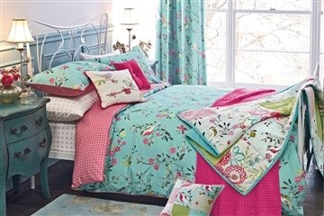 If you want to buy a bed sheet online, Myntra is your perfect destination. We have bedspreads in various colours, designs, and fabrics. We have sheets for single beds, double beds and king-sized beds. The sheet sets comprise of a bed sheet and matching pillow covers. You should never compromise on quality when you are buying sheets for your bed.