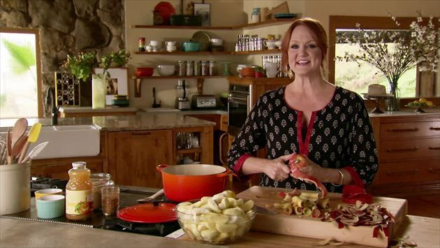 Get this all-star, easy-to-follow Pork Chops with Applesauce and Grits recipe from Ree Drummond