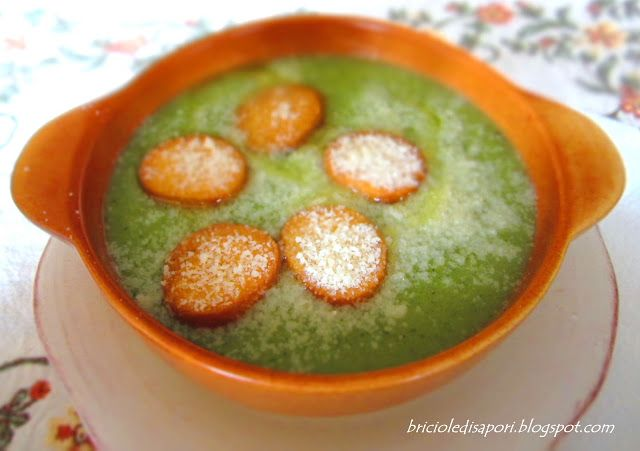 Briciole di Sapori           : Crema di broccoli, patate e cipolle con crostini d...