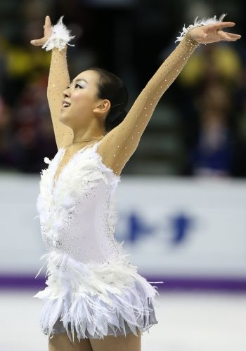 Mao Asada - One of my fave skating dresses of all time - Swan Lake