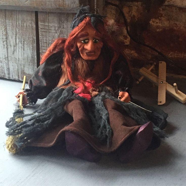 Баба-Яга, кукла-марионетка высота Куклы 40 см, 8 нитей