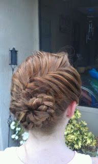 BetsyCiao: How to: Conch Shell Braid