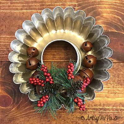 Artsy VaVa: Baking tin industrial Christmas wreath