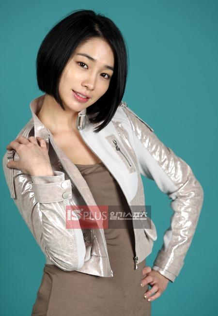 Boys Over Flowers ♥ Lee Min-jung as Ha Jae Kyung (Goo Jun Pyo's fiancee)