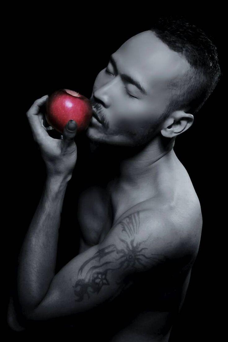 BAMBANG NAGATATMALA - Indonesian Male Models