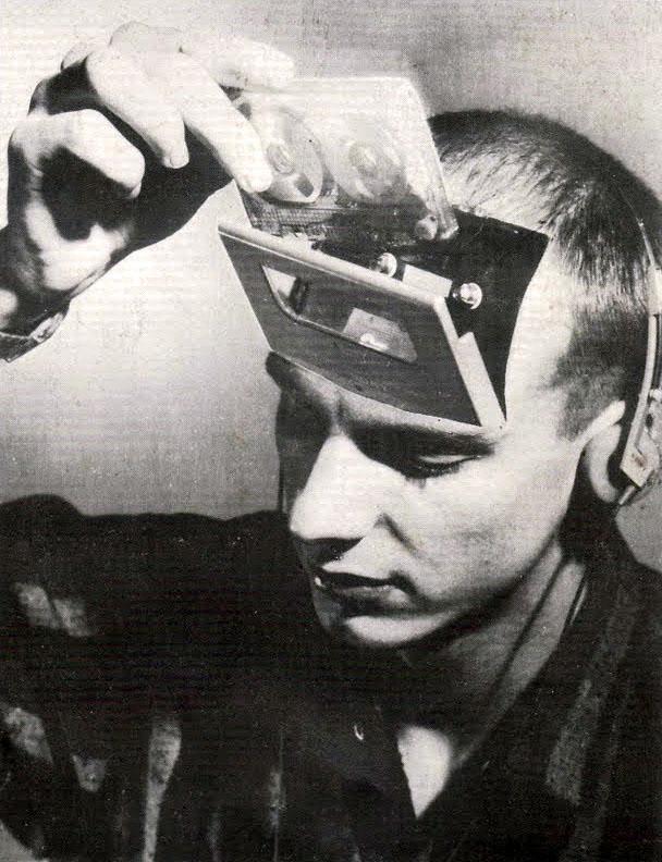 Retro futurismo Sci-Fi | Science Fiction vintage | Ancient History of Cyborg…