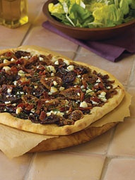 Pizza Lovers -> Caramelized Onion, Fig, Bacon and Goat Cheese Pizza
