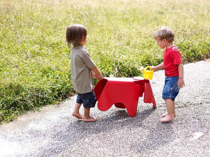 Elephant Vitra - http://arclickdesign.com/prezzo-sedia-elefantino-elephant-vitra-per-bambini/
