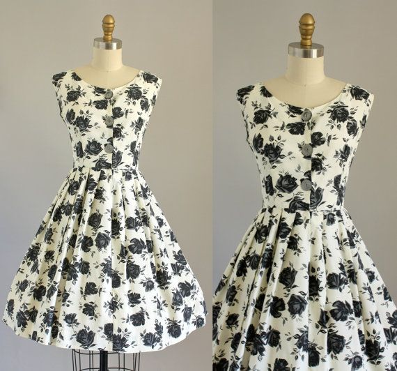 Hey, I found this really awesome Etsy listing at https://www.etsy.com/listing/176037127/vintage-50s-dress-1950s-dress-black
