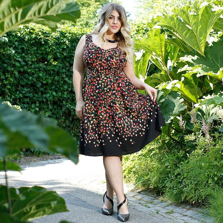 So excited to share our new arrivals! We did a shoot with beautiful 💕😍💕❤@carlystonecurve yesterday @ Il Giardino Italiano. This new Angelina is in limited quantities, so don't delay! #cherryvelvet #dresses Available in regular and #plussizes #modernvintage #vintageinspired #ethicallymade #madeincanada #plus #plussizeclothing #plussizepinup #psstyle #bodypositive #bopo #plussizebeauty #bodyconfident  #stunningatanysize #dresseswithpockets #pockets #retrostyle #sundress #fluevogs…