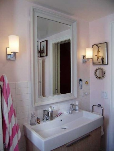 6 Elegant Bathroom Ideas For Compact Spaces: Love The Double Sink For Small Space!