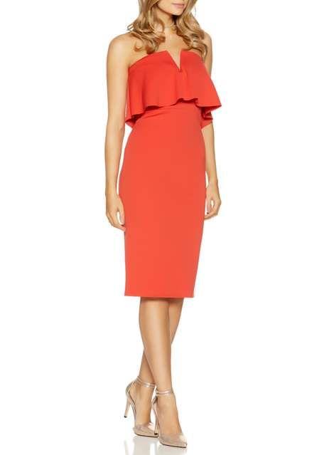 http://www.dorothyperkins.fr/fr/dpfr/produit/robes-695638/voir-tout-695735/quiz-orange-bandeau-v-bar-midi-dress-6314629?bi=40&ps=20