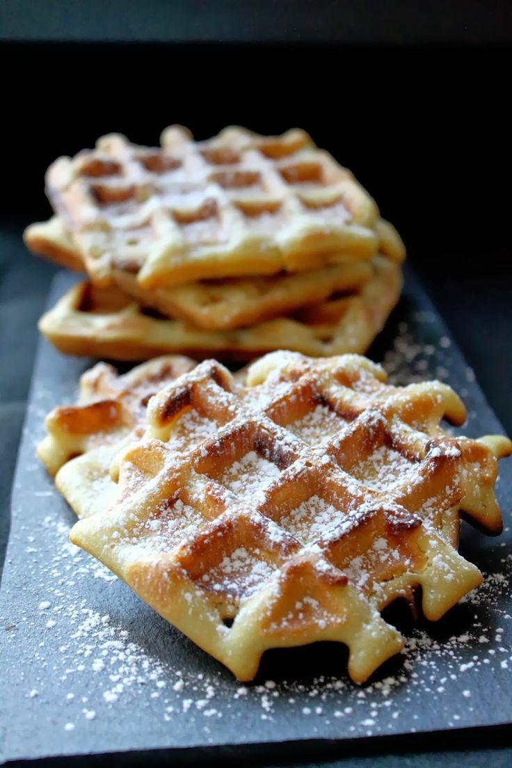 Gaufres bruxelloises vegan croustillantes sans œuf / Brussels vegan crusty waffles without egg
