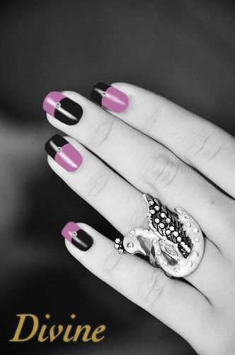 Sign-up today - Get a chance to win & create a unique set of press-on manicure incrusted with Swarovski crystals.  ==> http://divine.launchrock.com