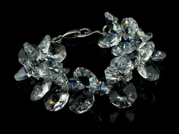 Handmade sterling silver bracelet made with Swarovski crystals by K.Korn