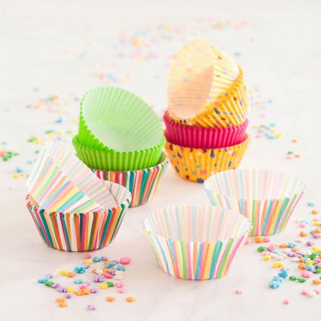 Dress up your cupcakes with these fun and funky Wilton Cupcake Liners.
