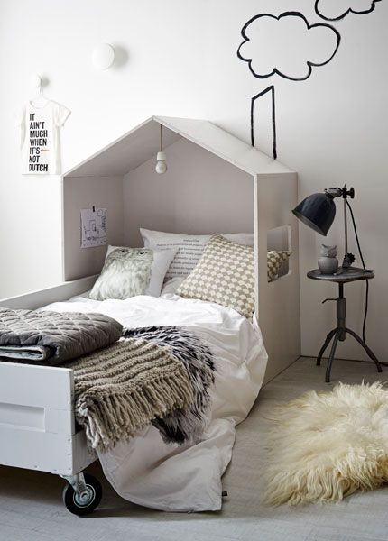 kids bed/headboard shaped like a house