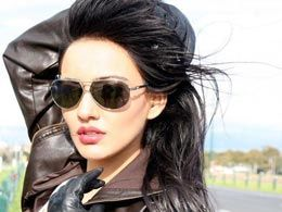 Neha Sharma drove her car into another during shooting of 'Jayanta Bhai Ki Luv Story'