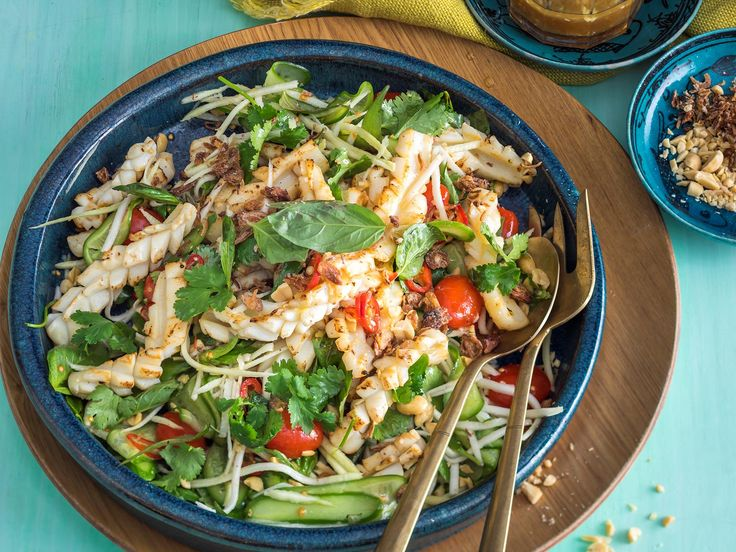 This delicious and fresh green mango and squid salad is perfect for dinner tonight! Light, healthy and full of authentic Asian flavour - you simply can't go wrong!