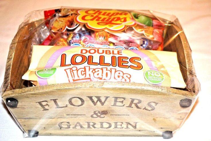FLOWERS & GARDEN GIFT SET WITH CHUPA CHUPS  & SWIZZELS LOLLIES LICKABLES PRESENT
