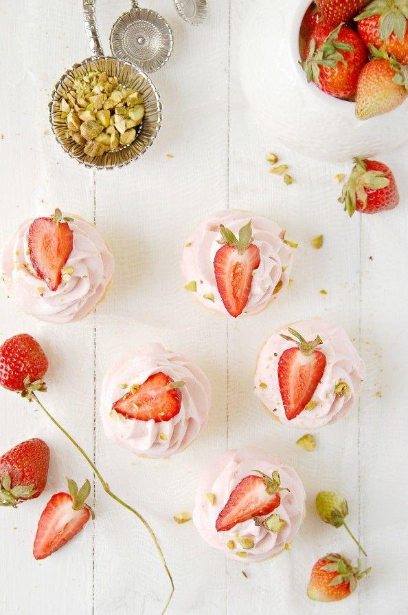 Strawberry Mousse Shortbread Mini Tartelettes {gluten free} | thekitchenmccabe.com