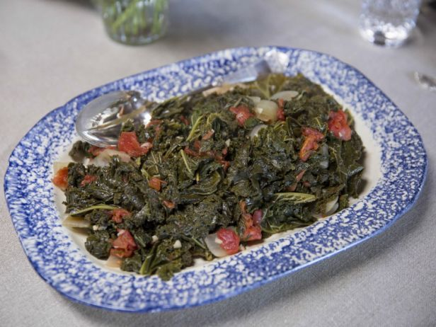 As seen on Farmhouse Rules: Braised Kale and Tomatoes: Nancy Fuller, Food Network, Tomatoes Recipe, Farmhouse Rules, Dishes Veggies, Fruits Veggies Side Dishes, Easy To Follow Braised, Braised Kale Recipes