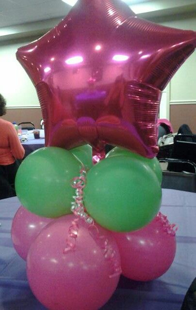 My diy balloon centerpiece our stuff pinterest the for Balloon arch no helium