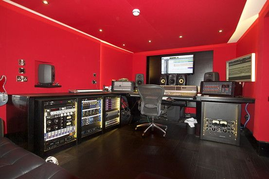 A home studio you can 39 t beat it studios home and home for Garage house music