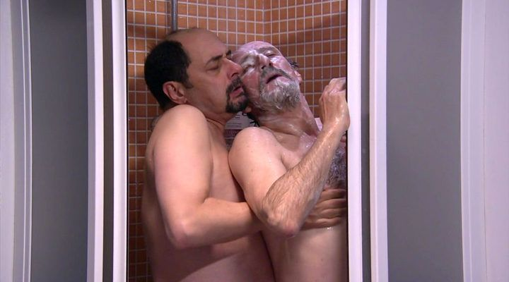 Escena gay en serie española, La que se avecina