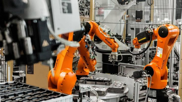 AUGSBURG, 11-May-2017 — /EuropaWire/ — A total of 25 KUKA robots are in operation at Possehl Electronics in Niefern, Germany. There, they manufacture c
