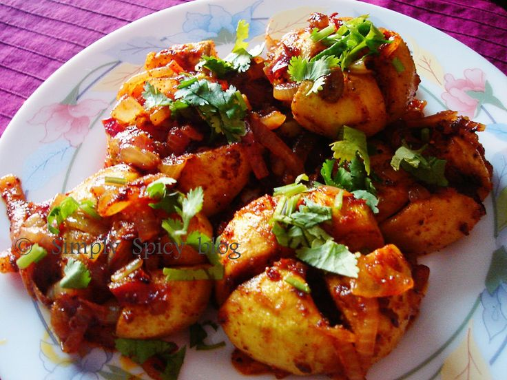 Tinda, a vegetable more widely used in the northern part of India, looks more or less like a green tomato. They are also called as Indian r...