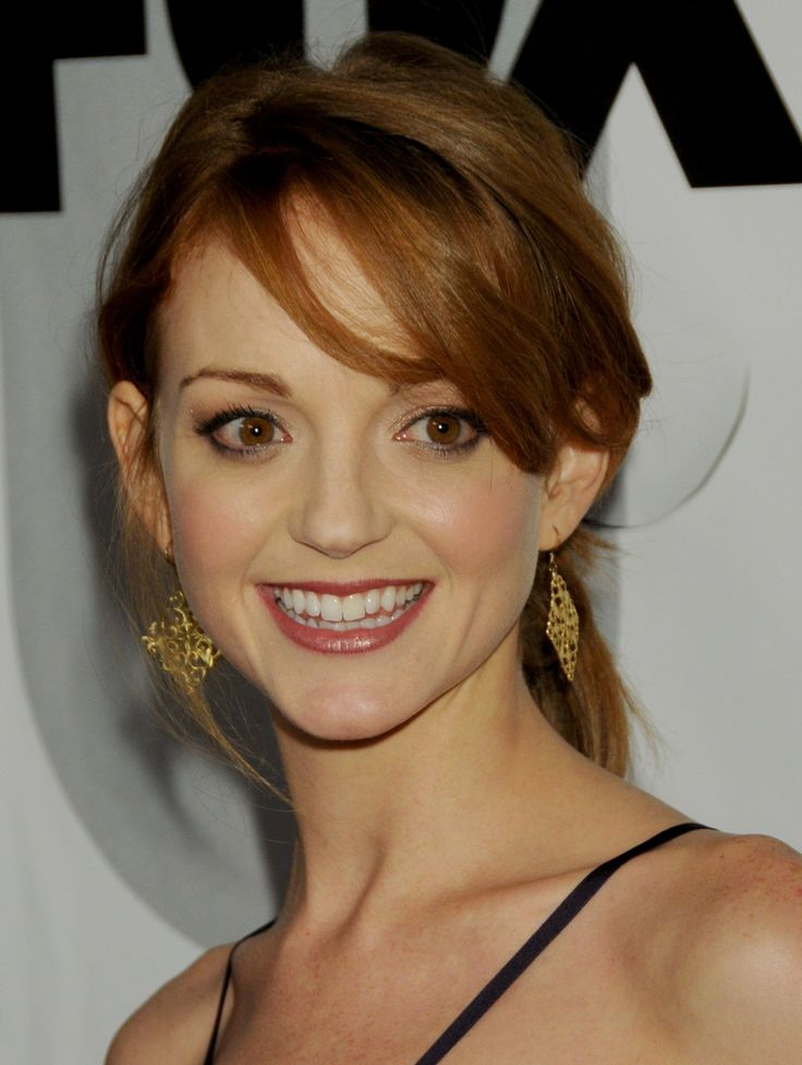 Picturew pics of jayma mays naked booby babe