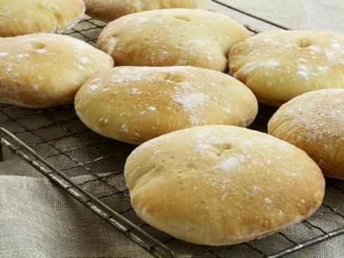 How to make Stottie cakes