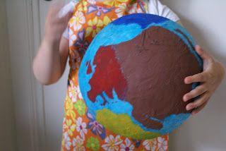 De miniklas, een blog over thuisonderwijs.: Wereld bol gemaakt.