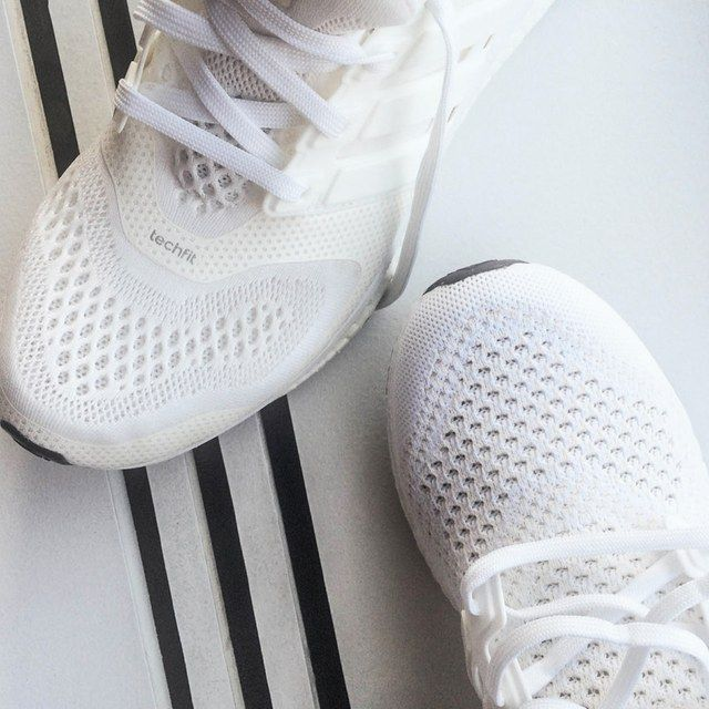 How to Clean White Running Sneakers   GQ