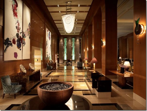 Tokyo Ritz hotel- lobby