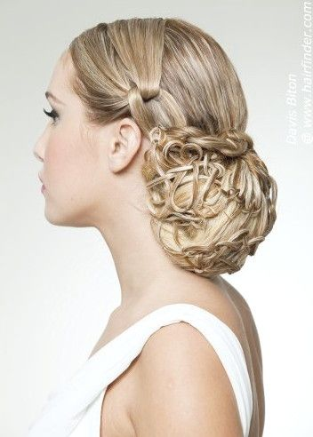 10 Bewundernswerte Up Do Frisuren Fur Wunderschone Braute Frisuren
