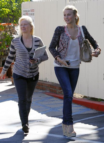 https://search.yahoo.com/search. Mari Anne Hough on the left is the mother of Julianne Hough. Julianne is Country Music star, Dancer and Actress. Brought up in the Mormon Church. Cousin to Mark that dances on DWTS. They got their great Skill in dancing in London with Mark when they were young. I like both Julianne and Derek.