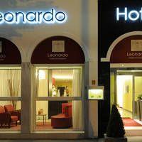 Hotel Leonardo Antwerpen  Comfortabel hotel met prima ligging tegenover het station van Antwerpen.  EUR 104.00  Meer informatie  #vakantie http://vakantienaar.eu - http://facebook.com/vakantienaar.eu - https://start.me/p/VRobeo/vakantie-pagina