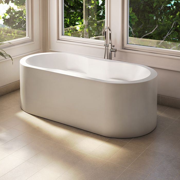 Simple oval bathtub by Alcove / Tournesol Collection