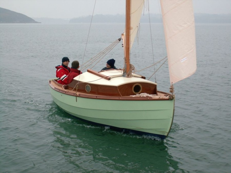 Vivier Boats Beniguet; a modern hull build with traditional lines, sail and trim. | The Art of ...