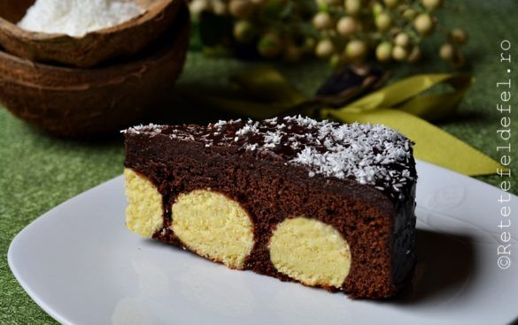 Pentru desertul de week-end am alesaceasta prajitura de ciocolata cu bile de cocos.Combinatia …