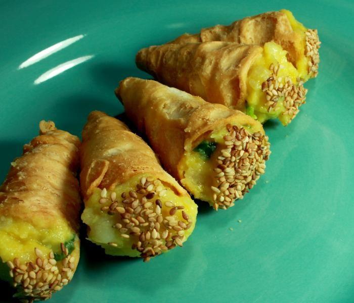 Comidinha de vó, aqui em versão sem colesterol e sem lactose, feita com maionese vegana.