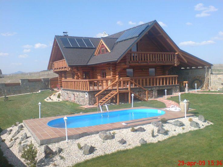 THERMO|SOLAR radí ako efektívne využiť slnečnú energiu Kedy sa oplatia slnečné kolektory s dotáciou a aké si zvoliť  Poukážky na podporu pre Obnoviteľné zdroje energie (OZE) spustili boom záujmu o tieto zariadenia. Laická verejnosť však často nemá reálne predstavy a informácie, čo možno od nich očakávať a kedy sú naozaj výhodné. Najväčší slovenský výrobca slnečných kolektorov - firma THERMO|SOLAR Žiar, s. r. o., preto okrem samotného predaja týchto zariadení prináša verejnosti aj rady