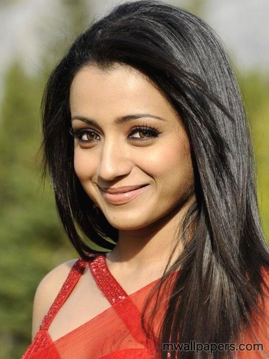 Download Trisha Krishnan HD Images   Wallpapers in 1080p HD quality to use  as your Android Wallpaper d2ff220c8c1