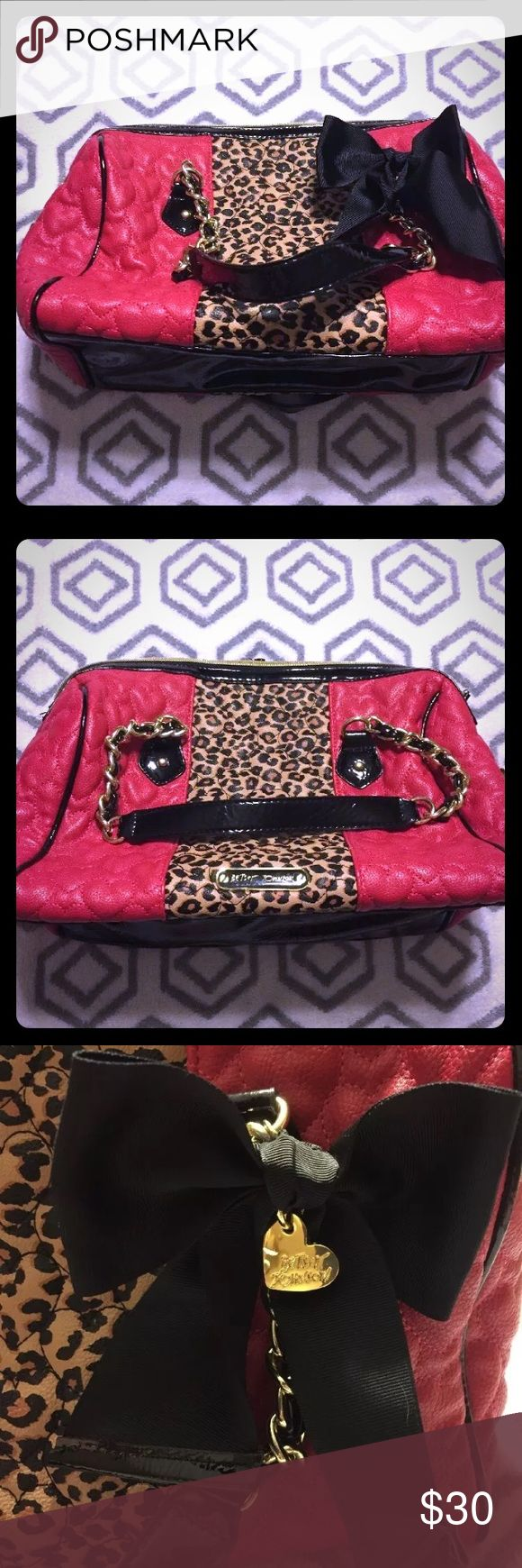 Betsy Johnson Purse Gently used like new WOT Authentic Betsy Johnson shoulder bag in pink quilted hearts and leopard with gold details. Has zipper lock feature at side of purse body, 3 interior pockets and wallet latch. CLEAN, SMOKE FREE HOMED. Betsey Johnson Bags Shoulder Bags
